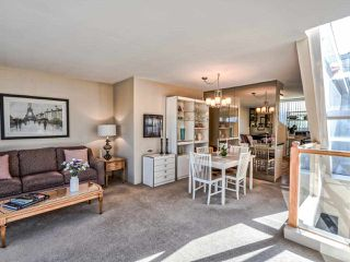 Photo 8: 2251 OAK Street in Vancouver: Fairview VW Townhouse for sale (Vancouver West)  : MLS®# R2439242