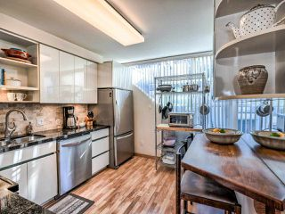 Photo 12: 2251 OAK Street in Vancouver: Fairview VW Townhouse for sale (Vancouver West)  : MLS®# R2439242