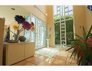 Photo 2: 2597 MARINE Drive in West Vancouver: Dundarave Home for sale ()  : MLS®# V655241