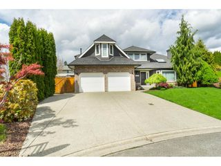 Photo 2: 34663 CURRIE Place in Abbotsford: Abbotsford East House for sale : MLS®# R2453264