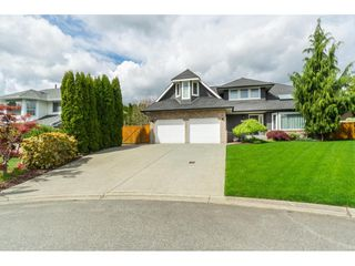 Photo 3: 34663 CURRIE Place in Abbotsford: Abbotsford East House for sale : MLS®# R2453264