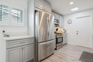 Photo 4: CLAIREMONT House for sale : 3 bedrooms : 4516 Mount Hubbard in San Diego