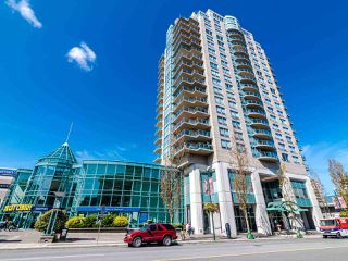 "Main Photo: 2003 612 SIXTH Street in New Westminster: Uptown NW Condo for sale in ""WOODWARD"" : MLS®# R2472941"