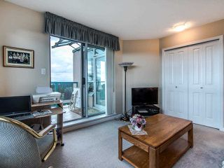 """Photo 18: 2003 612 SIXTH Street in New Westminster: Uptown NW Condo for sale in """"WOODWARD"""" : MLS®# R2472941"""