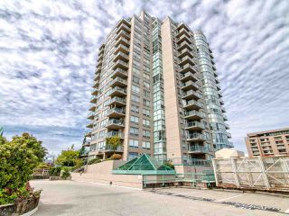 """Photo 32: 2003 612 SIXTH Street in New Westminster: Uptown NW Condo for sale in """"WOODWARD"""" : MLS®# R2472941"""