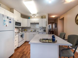 """Photo 10: 2003 612 SIXTH Street in New Westminster: Uptown NW Condo for sale in """"WOODWARD"""" : MLS®# R2472941"""