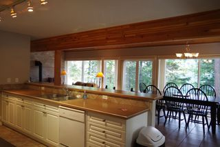 """Photo 11: 190 DEXTER Lane in No City Value: Out of Town House for sale in """"HIGHLAND CREAM GUN LAKE"""" : MLS®# R2477988"""