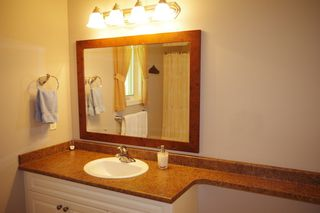 """Photo 18: 190 DEXTER Lane in No City Value: Out of Town House for sale in """"HIGHLAND CREAM GUN LAKE"""" : MLS®# R2477988"""