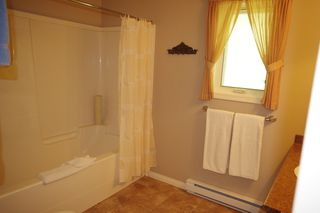 """Photo 17: 190 DEXTER Lane in No City Value: Out of Town House for sale in """"HIGHLAND CREAM GUN LAKE"""" : MLS®# R2477988"""