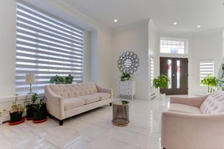 Photo 3: 5615 148 STREET in Surrey: East Newton House for sale : MLS®# R2523513