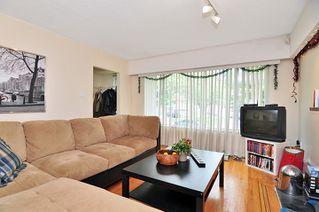 Photo 13: 5851 MCKINNON Street in Vancouver: Killarney VE House for sale (Vancouver East)  : MLS®# V891498