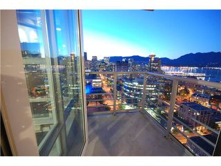 "Photo 4: 3505 602 CITADEL PARADE in Vancouver: Downtown VW Condo for sale in ""SPECTRUM"" (Vancouver West)  : MLS®# V908545"