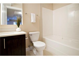 Photo 17: 2 2020 27 Avenue SW in CALGARY: South Calgary Townhouse for sale (Calgary)  : MLS®# C3503485