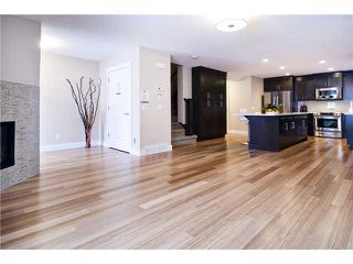 Photo 4: 2 2020 27 Avenue SW in CALGARY: South Calgary Townhouse for sale (Calgary)  : MLS®# C3503485