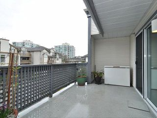 "Photo 4: 308 19121 FORD Road in Pitt Meadows: Central Meadows Condo for sale in ""EDGEFORD MANOR"" : MLS®# V1051632"