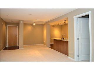 "Photo 3: 112 700 KLAHANIE Drive in Port Moody: Port Moody Centre Condo for sale in ""THE BOARDWALK"" : MLS®# V1057055"