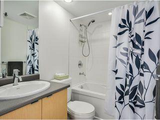 """Photo 9: 702 7555 ALDERBRIDGE Way in Richmond: Brighouse Condo for sale in """"OCEAN WALK"""" : MLS®# V1060802"""