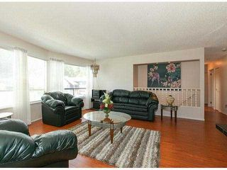 Photo 2: 9304 151ST Street in Surrey: Fleetwood Tynehead House for sale : MLS®# F1411768