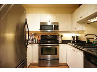 """Photo 3: 110 7326 ANTRIM Avenue in Burnaby: Metrotown Condo for sale in """"SOVEREIGN MANOR"""" (Burnaby South)  : MLS®# V1088040"""