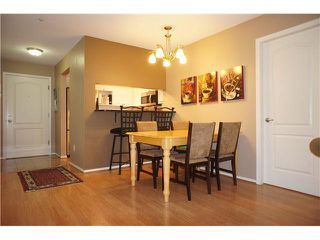 """Photo 10: 110 7326 ANTRIM Avenue in Burnaby: Metrotown Condo for sale in """"SOVEREIGN MANOR"""" (Burnaby South)  : MLS®# V1088040"""