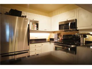 """Photo 2: 110 7326 ANTRIM Avenue in Burnaby: Metrotown Condo for sale in """"SOVEREIGN MANOR"""" (Burnaby South)  : MLS®# V1088040"""