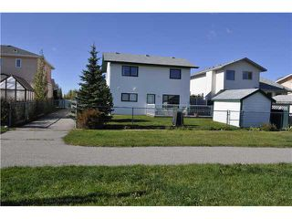 Photo 18: 422 MEADOWBROOK Bay SE: Airdrie Residential Detached Single Family for sale : MLS®# C3638597