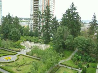 "Photo 8: 1002 7368 SANDBORNE AV in Burnaby: South Slope Condo for sale in ""MAYFAIR PLACE"" (Burnaby South)  : MLS®# V605781"