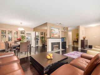 Photo 4: 77 DESSWOOD Place in West Vancouver: Glenmore House for sale : MLS®# V1090987