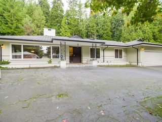 Photo 1: 77 DESSWOOD Place in West Vancouver: Glenmore House for sale : MLS®# V1090987