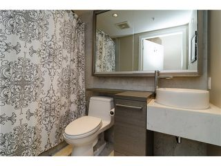 "Photo 7: 1311 833 SEYMOUR Street in Vancouver: Downtown VW Condo for sale in ""CAPITOL RESIDENCES"" (Vancouver West)  : MLS®# V1093170"