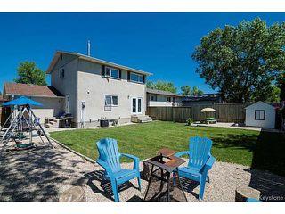 Photo 2: 30 Hawkins Crescent in WINNIPEG: St Vital Residential for sale (South East Winnipeg)  : MLS®# 1516347