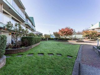 "Photo 10: 3209 33 CHESTERFIELD Place in North Vancouver: Lower Lonsdale Condo for sale in ""HARBOURVIEW PARK"" : MLS®# R2008580"