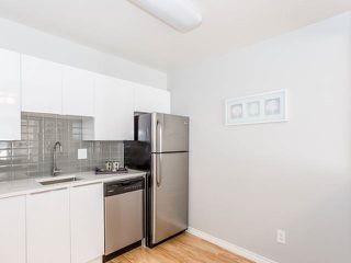 "Photo 15: 3209 33 CHESTERFIELD Place in North Vancouver: Lower Lonsdale Condo for sale in ""HARBOURVIEW PARK"" : MLS®# R2008580"