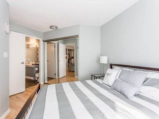 "Photo 6: 3209 33 CHESTERFIELD Place in North Vancouver: Lower Lonsdale Condo for sale in ""HARBOURVIEW PARK"" : MLS®# R2008580"