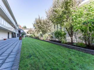 "Photo 20: 3209 33 CHESTERFIELD Place in North Vancouver: Lower Lonsdale Condo for sale in ""HARBOURVIEW PARK"" : MLS®# R2008580"
