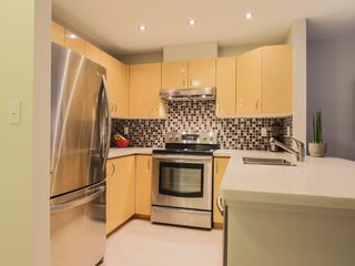 "Photo 14: 101 3023 W 4TH Avenue in Vancouver: Kitsilano Condo for sale in ""DELANO"" (Vancouver West)  : MLS®# R2028872"