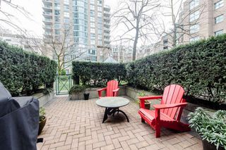 Photo 18: 3 1182 QUEBEC Street in Vancouver: Mount Pleasant VE Townhouse for sale (Vancouver East)  : MLS®# R2040618