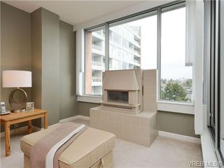 Photo 2: 806 325 Maitland St in VICTORIA: VW Victoria West Condo for sale (Victoria West)  : MLS®# 725350
