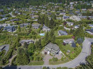 Photo 17: 1080 EYREMOUNT Drive in West Vancouver: British Properties House for sale : MLS®# R2070226