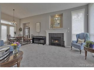 Photo 6: 1619 Nelles Pl in VICTORIA: SE Gordon Head Single Family Detached for sale (Saanich East)  : MLS®# 735223