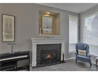 Photo 4: 1619 Nelles Pl in VICTORIA: SE Gordon Head Single Family Detached for sale (Saanich East)  : MLS®# 735223