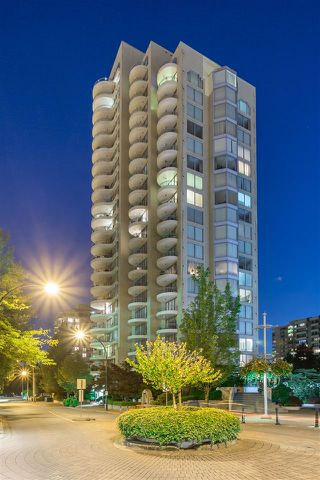 "Photo 1: 1505 739 PRINCESS Street in New Westminster: Uptown NW Condo for sale in ""BERKLEY PLACE"" : MLS®# R2096862"