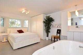 "Photo 14: 12171 SULLIVAN Street in Surrey: Crescent Bch Ocean Pk. House for sale in ""Crescent Beach"" (South Surrey White Rock)  : MLS®# R2098659"
