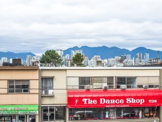 "Photo 12: 202 2550 SPRUCE Street in Vancouver: Fairview VW Condo for sale in ""SPRUCE"" (Vancouver West)  : MLS®# R2120443"
