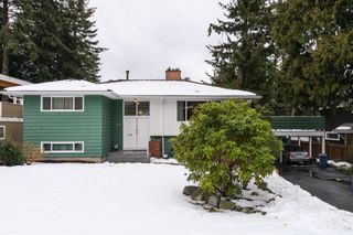 "Photo 1: 49 GEORGIA Wynd in Delta: Pebble Hill House for sale in ""TSAWWASSEN HEIGHTS"" (Tsawwassen)  : MLS®# R2137344"