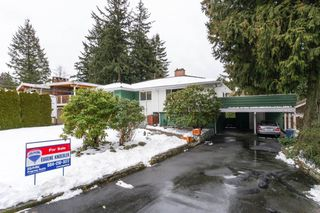 "Photo 2: 49 GEORGIA Wynd in Delta: Pebble Hill House for sale in ""TSAWWASSEN HEIGHTS"" (Tsawwassen)  : MLS®# R2137344"