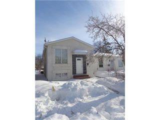 Photo 2: 401 Kensington Street in Winnipeg: St James Residential for sale (5E)  : MLS®# 1702662