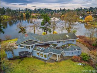 Photo 2: 101 Kingham Pl in VICTORIA: VR View Royal House for sale (View Royal)  : MLS®# 751854