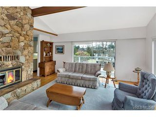Photo 8: 101 Kingham Pl in VICTORIA: VR View Royal House for sale (View Royal)  : MLS®# 751854
