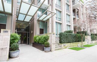 "Photo 1: 1502 1055 RICHARDS Street in Vancouver: Downtown VW Condo for sale in ""DONOVAN"" (Vancouver West)  : MLS®# R2152221"